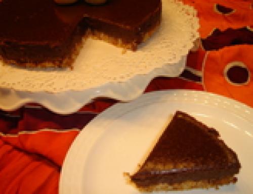 Chocoladetaart met koekjesbodem